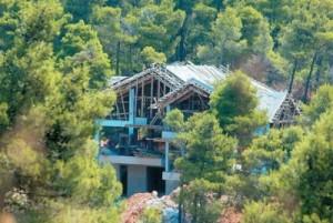 Αυθαίρετα Χάνεται 1 δισ. από τη μη νομιμοποίηση των καταπατημένων εκτάσεων