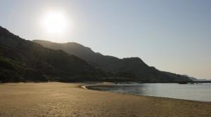 «Απαγορευτικό» σε δεκάδες τουριστικά νησιά βγάζει το υπουργείο Περιβάλλοντος